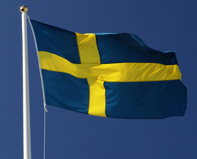 Svearna och götarna slår sig ihop och blir Sverige